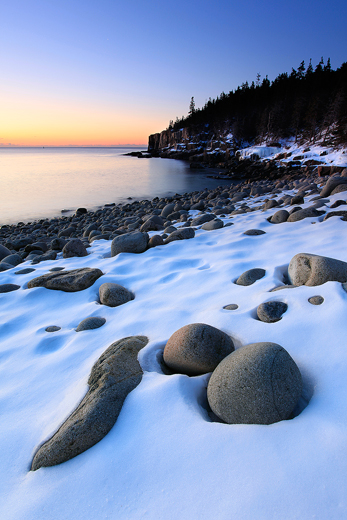 otter_cliffs_snow_2-13-11