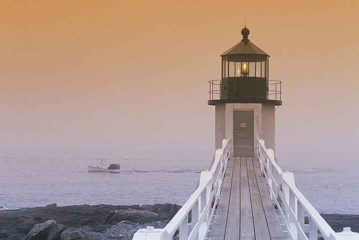 marshall_point_light